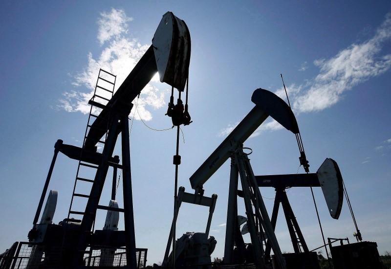 ФИНПРОГНОЗ: «Укрепить рубль может резкий, опережающий интервенции рост цен на нефть»